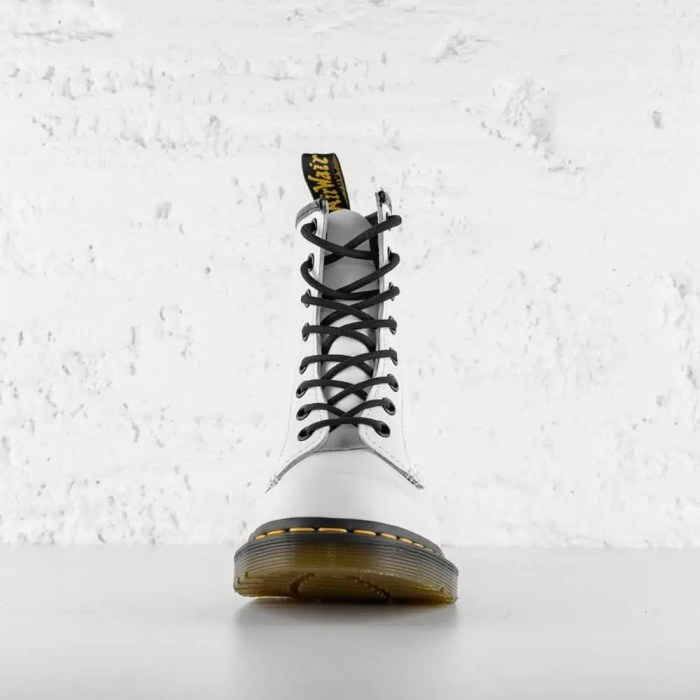 DR. MARTENS 1460 W LEATHER ANKLE WHITE SMOOTH2