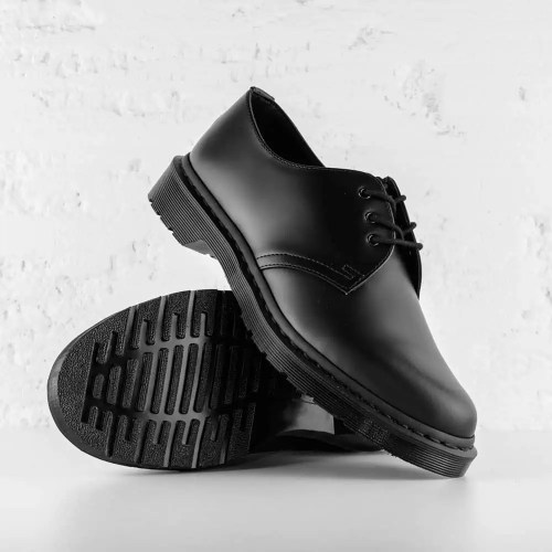 DR. MARTENS 1461 MONO SMOOTH LEATHER BLACK 5