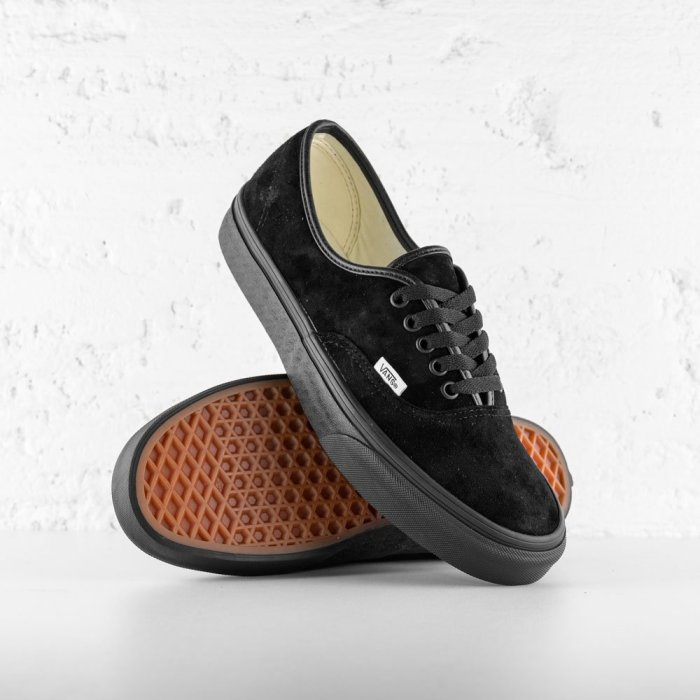 VANS AUTHENTIC BLACK SUEDE 2