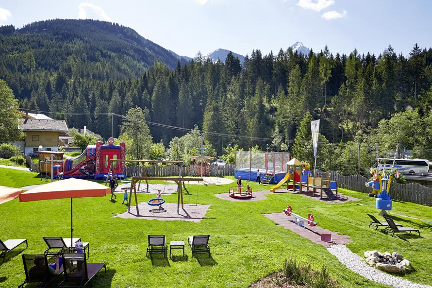 Mini & Stil, Mama Blog Schweiz, Kinderhotel Almhof