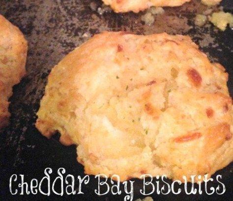 Cheddar Bay Biscuits | Mini Van Dreams #easyrecipes #recipes
