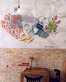 Best brunch in Barcelona @minkaguides The Juice House interior