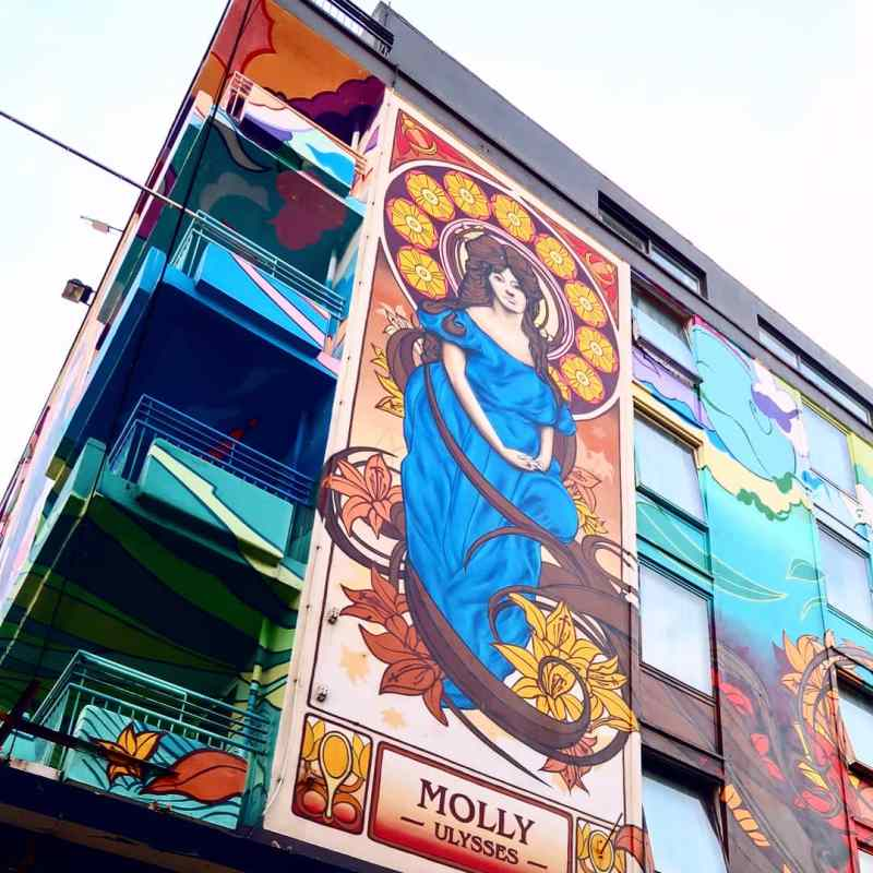 Dublin street art @minkaguides Blooms Hotel 2