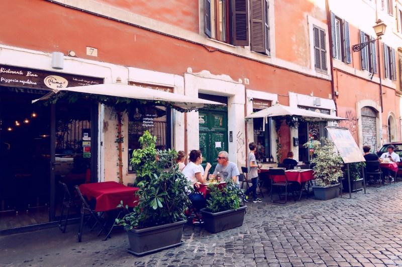 Gluten-free Rome @minkaguides Mama Eat exteriror