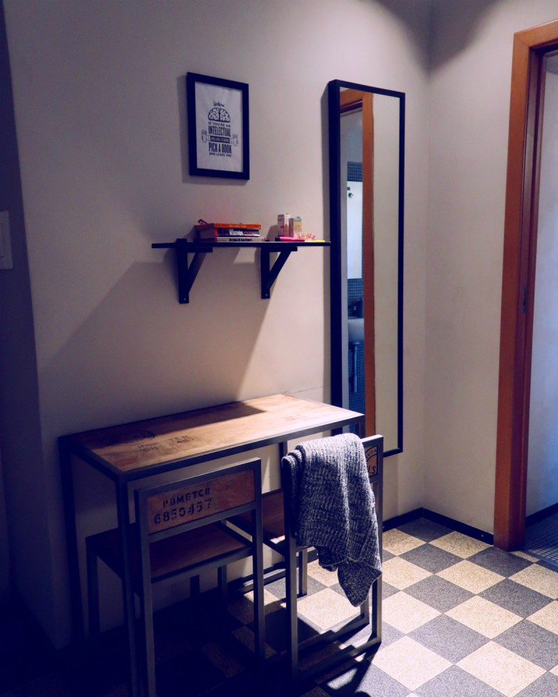 Review The Yellow Hostel Rome @minkaguides dorm room