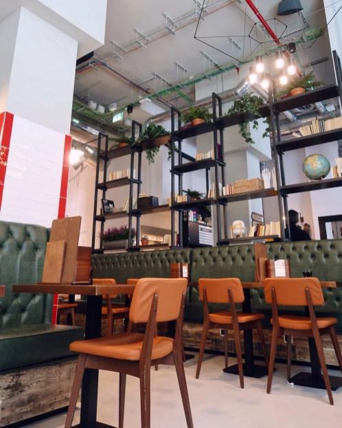Generator Hostel Madrid @minkaguides breakfast seating cafe