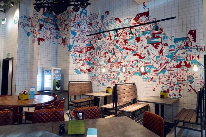 Generator Hostel Madrid @minkaguides hostel bar 1