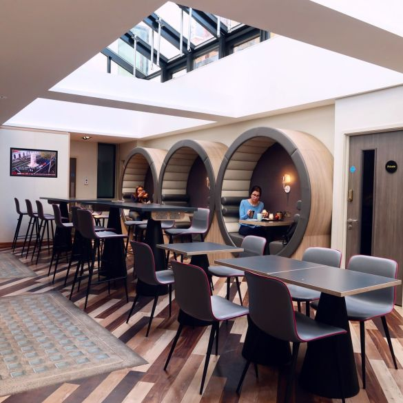 Point A Hotel London Shoreditch @minkaguides dining area