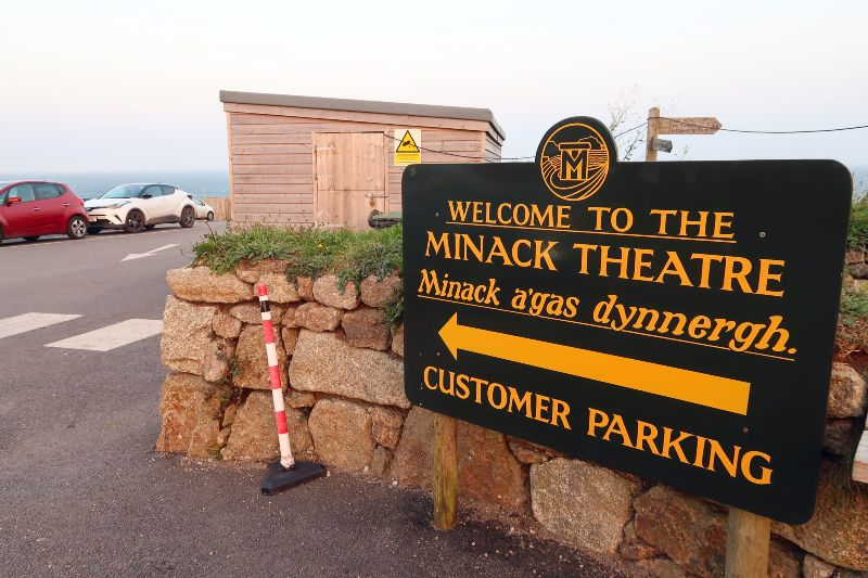 Cornwall itinerary - Minack Theatre sign CREDIT Minka Guides