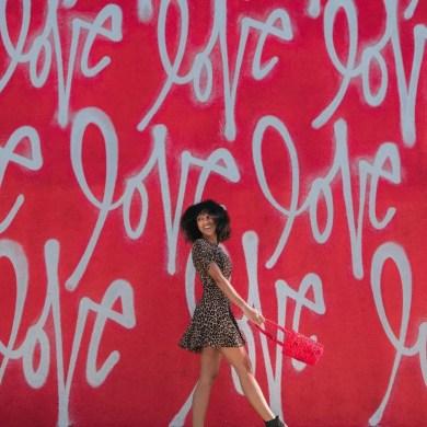 Relationship anarchy vs solo polyamory love CREDIT Jakob Owens on Unsplash