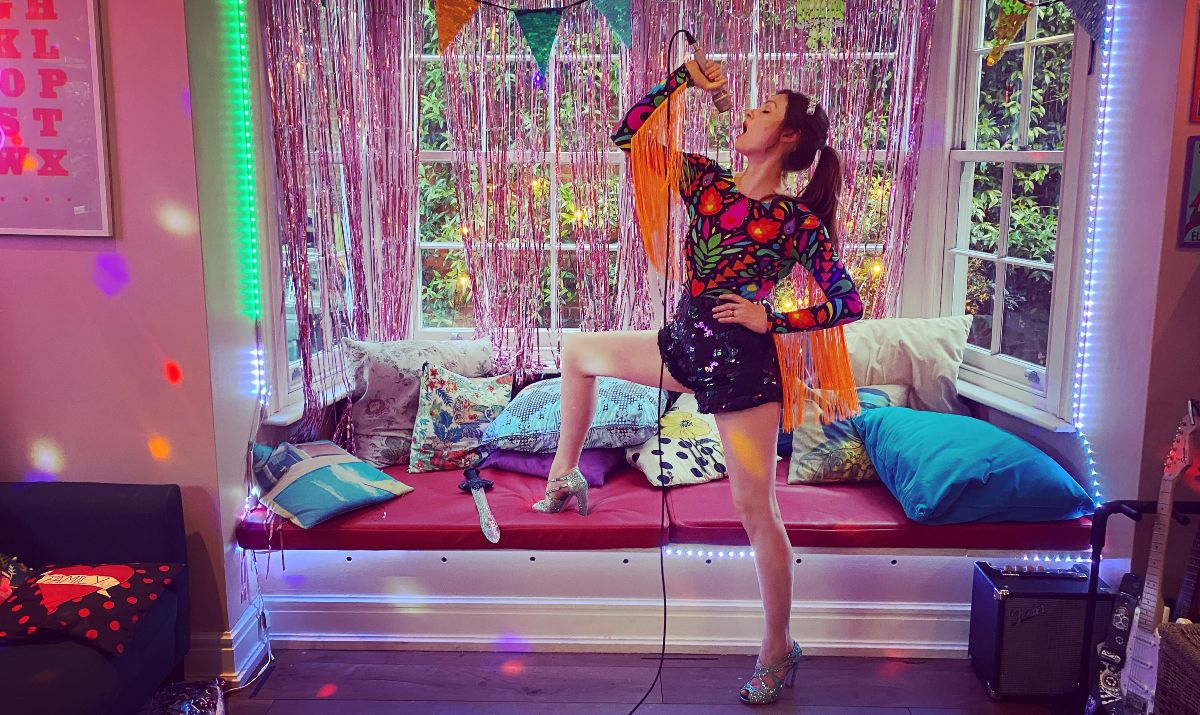 I wanna dance - lockdown kitchen disco CREDIT Sophie Ellis-Bextor