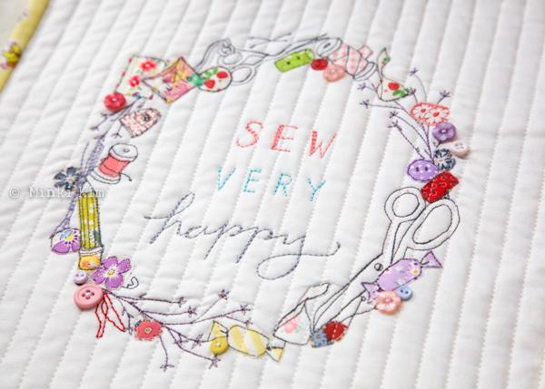 sew very happy wreath-2