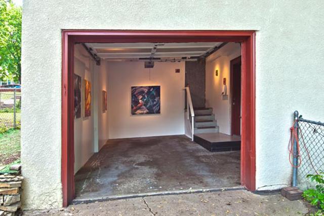 tuckunder garage