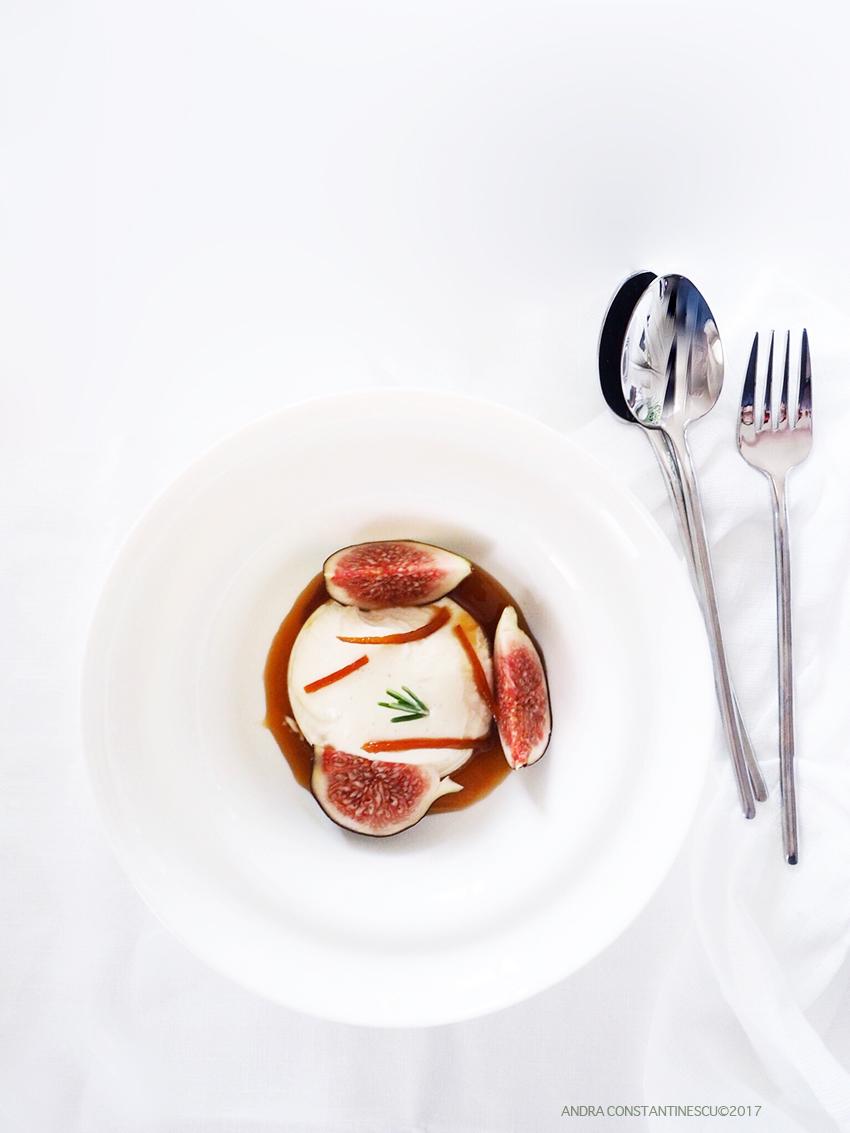Greek Yoghurt Panna Cotta