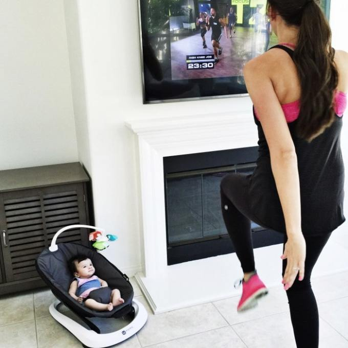 baby hanging out with mama while she works out at home!