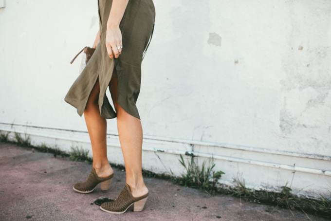 Simple, pretty green shirtdress! Perfect neutral color that could go with blacks or browns or whites or nudes.