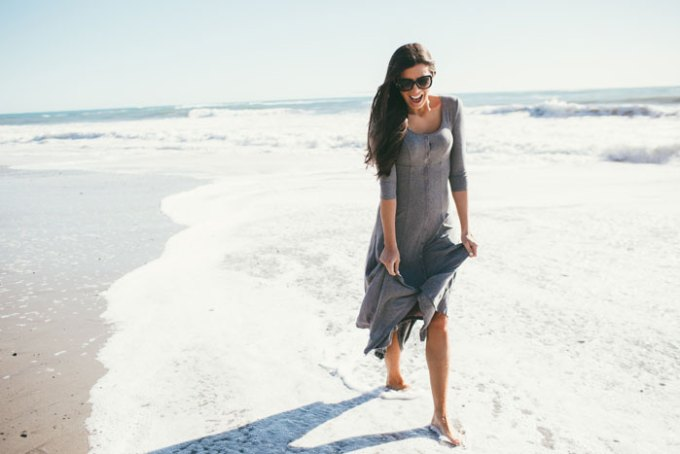 gray beach dress - it buttons down all the way so you can also wear it as a duster