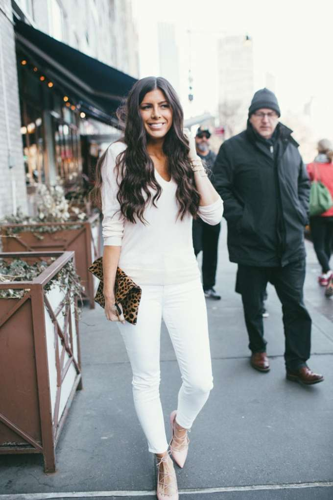 the softest cashmere sweater ever! and this blogger's favorite white denim. high rise for the perfect fit!