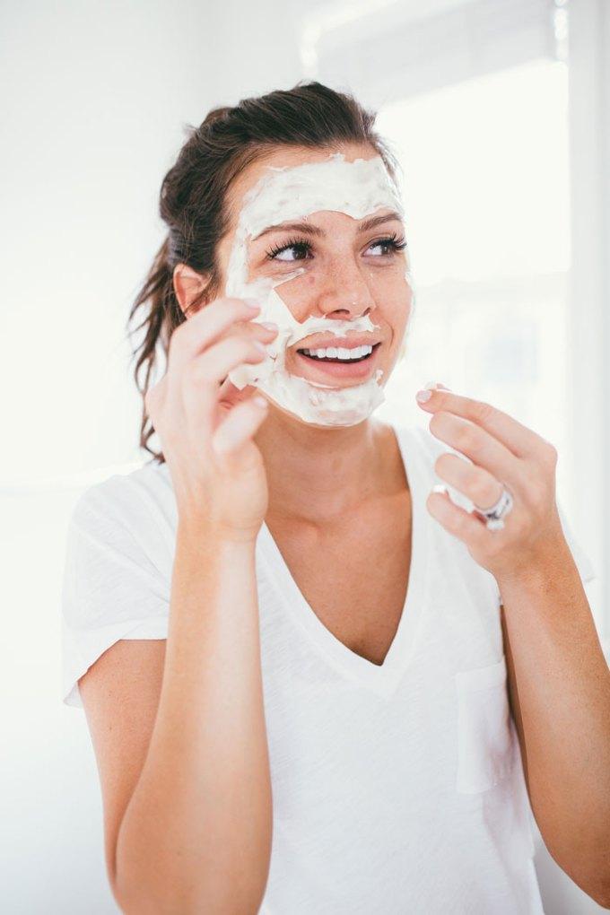 Facial Cream Modelling Pack