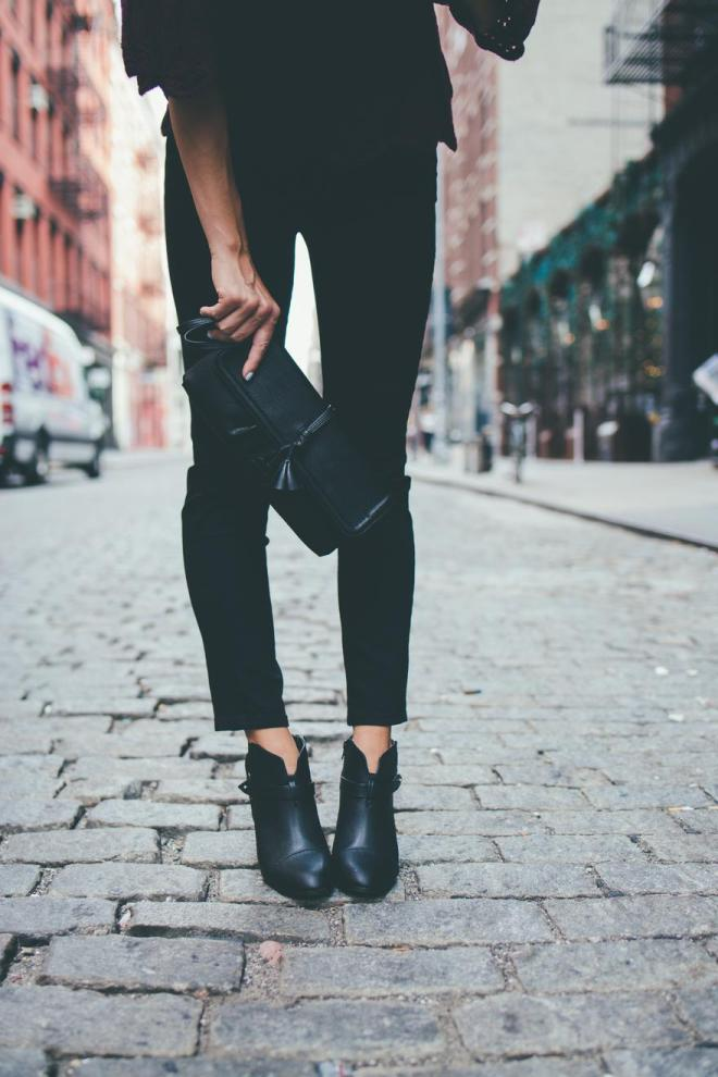 all-black-fall-fashion