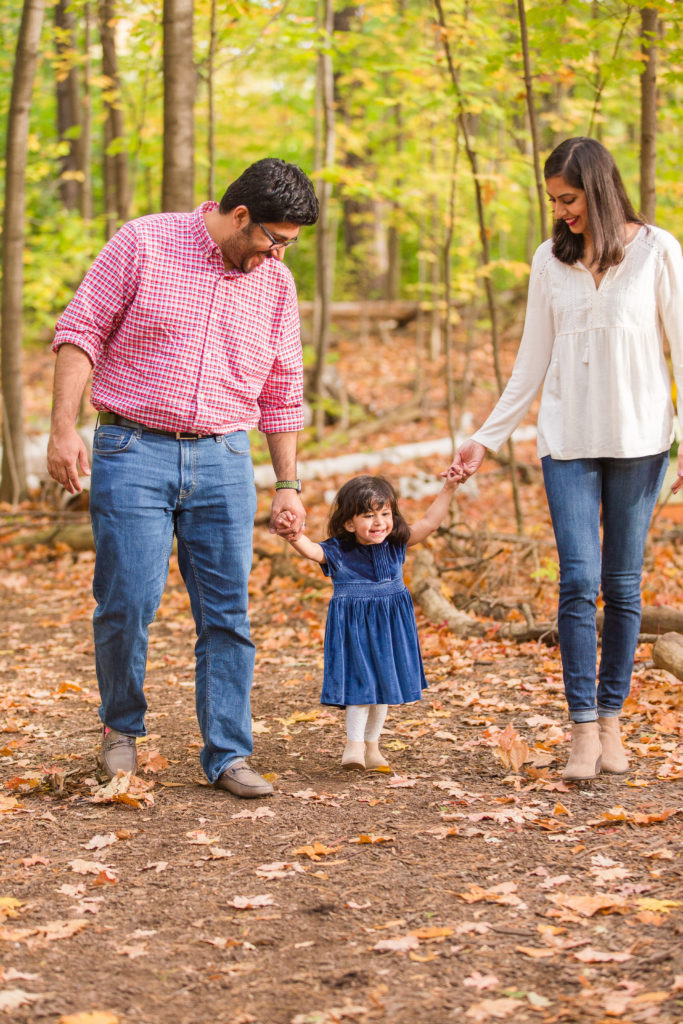 Fall Family Photo Outfits - Mint Candy Designs