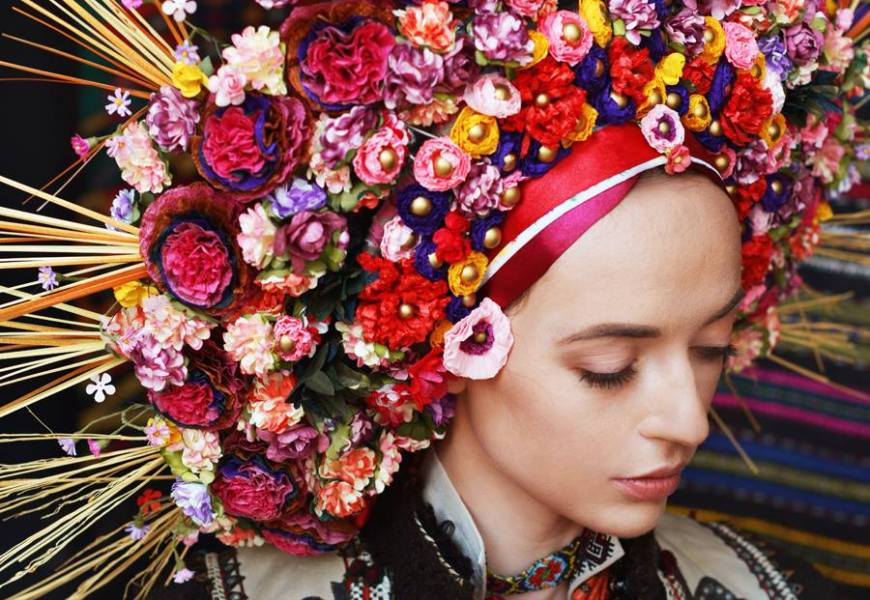 Floral Fashion in Times of War