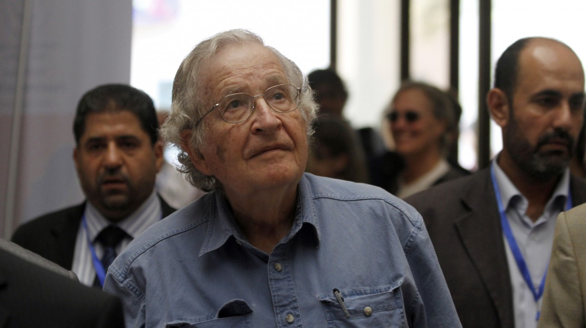 Noam Chomsky arrives to a conference at the Islamic University in Gaza City, Saturday, Oct. 20 , 2012. Photo: Hatem Moussa/AP