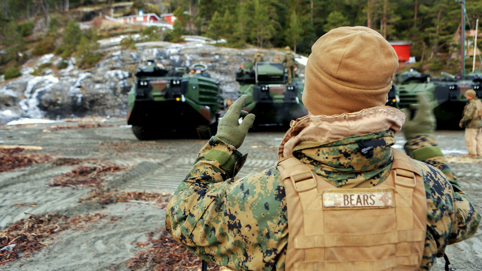 U.S. Marine Corps amphibious assault vehicles line up by the Trondheim Fjord, Norway, Jan. 9. These vehicles from the Marine Corps Prepositioning Program-Norway will support exercise Cold Response 16, scheduled for later this month, with crisis response equipment including M1A1 battle tanks, amphibious assault vehicles, artillery, and logistics equipment drawn from Norwegian caves. (Photo: U.S. Marine Corps)