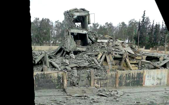 The destruction in Maysaloun school in #Tabqah after several ِairstrikes on it yesterday in Raqqa, Syria. (Photo: Twitter @@Raqqa_SL)