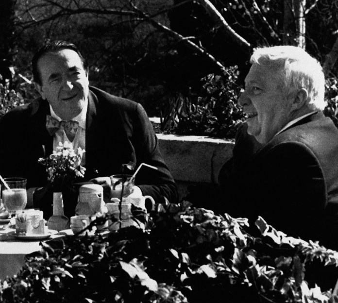 Mega-Gruppe Ariel Sharon Robert Maxwell