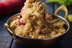 Dum Rice in serving bowl