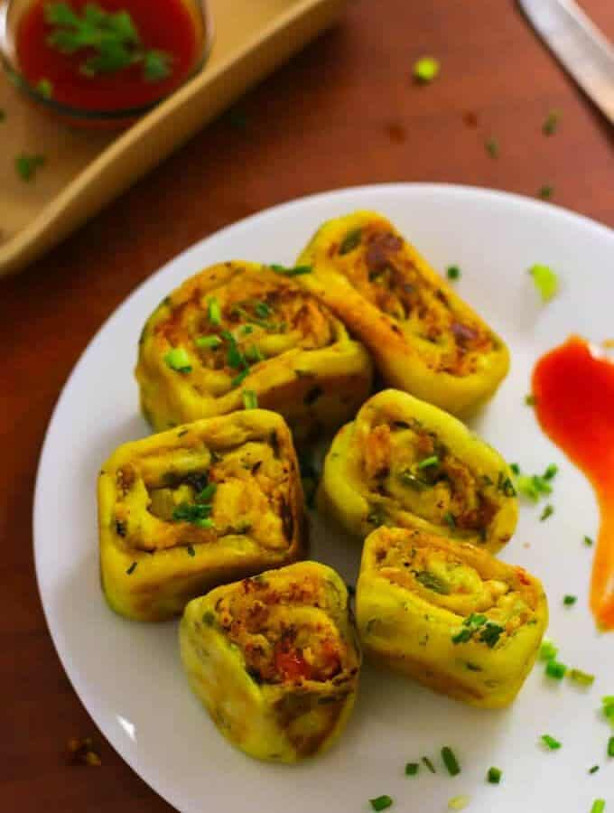 How To Make Paneer Bhurji Swiss Roll | Indian Paneer Recipe