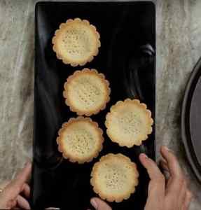Cream & Fruit Tarts Recipe