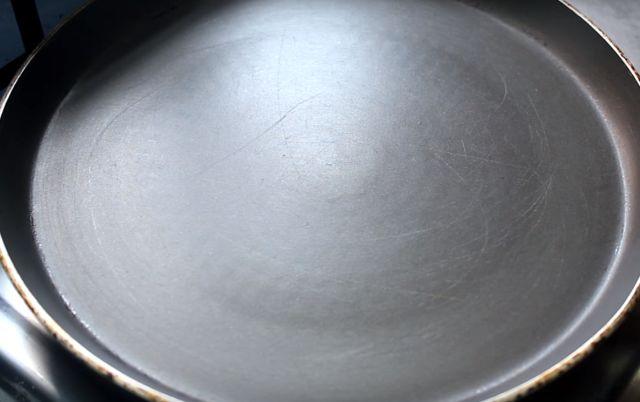 Stuffed Besan Chilla potli