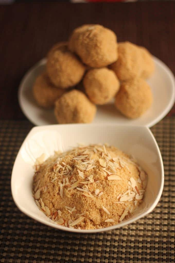 How To Make Rajasthani Churma Ladoo Recipe