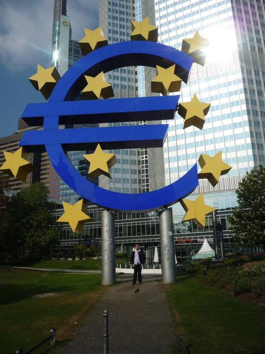Eu si Euro Frankfurt