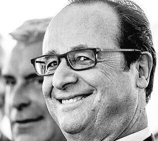 """Hollande, """"ravi de la crèche"""", après s'être tiré une balle dans le pied"""