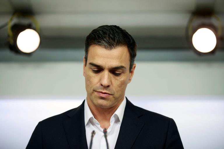 Photo archives du leader du parti socialiste espagnol Pedro Sanchez prise le 30 septembre 2016 à Madrid