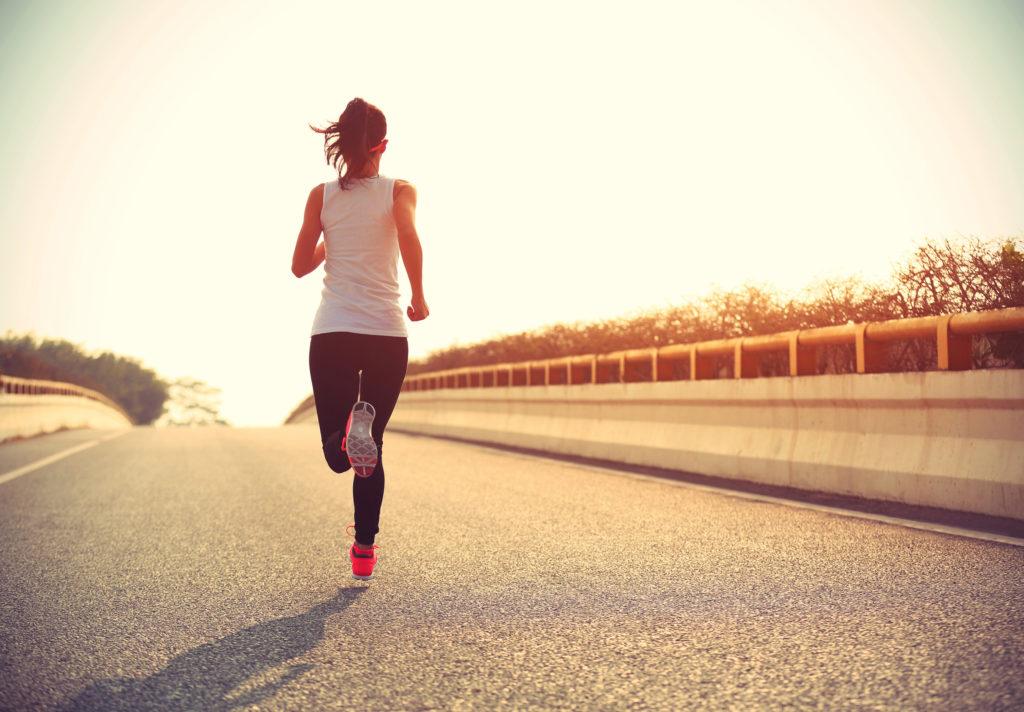 cab9f2c9df Selon une étude, les personnes qui font du sport se sentent moins  malheureuses que les autres   MinuteNews