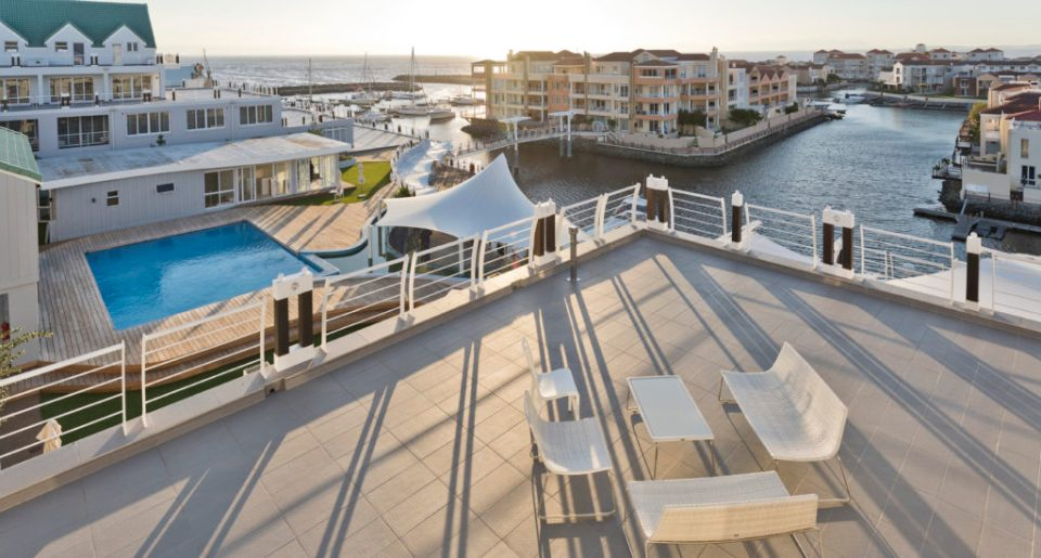 Krystal Beach Hotel in Cape Town