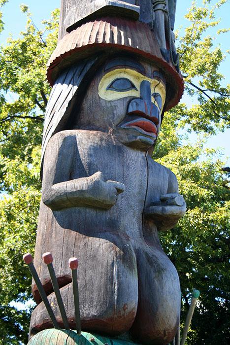 totem-vancouver-roadtrip-canada-mipaseoporelmundo