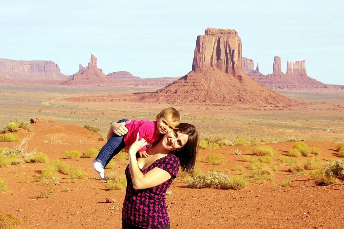 Retorno al Viejo Oeste en el parque navajo de Monument Valley,