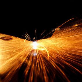 fabricacion de piezas metalicas por corte laser cnc