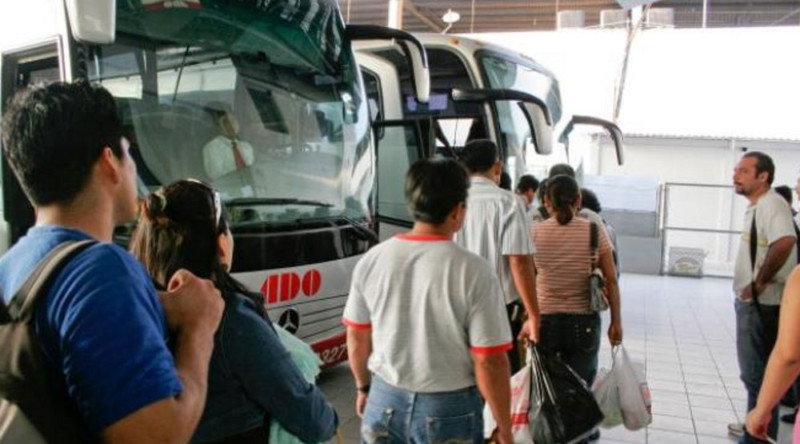 Inician este martes descuentos a estudiantes y maestros en transporte por vacaciones