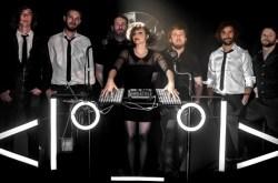 "Caravan Palace presentan su esperadísimo tercer álbum ""Robot Face"""