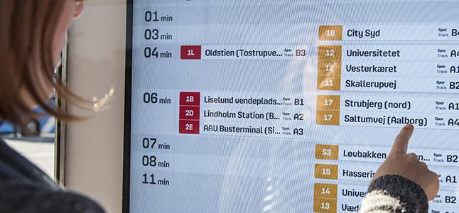Infoskærm hos Nordjyllands Trafikselskab