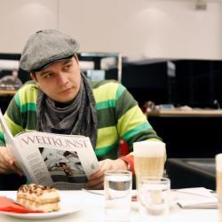 Mihai Zgondoiu, castigator la Bienala Jeune Création Européenne
