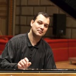 Interviu cu pianistul Nicolae Dumitru (video)