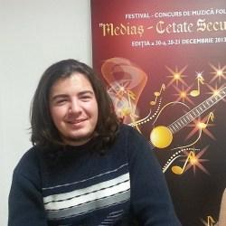 Mihai Cristian, omul cu naiul (video)