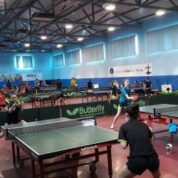 Aproximativ 50 de jucatori participa la Tabara de tenis de masa  (video)